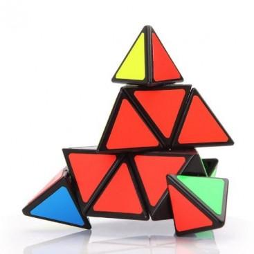 Shengshou Pyraminx Pirámide Mágica. Base Negra